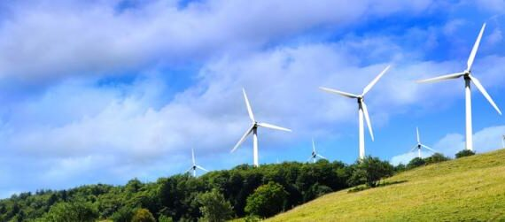 Wireless as an alternative communication network in wind farms